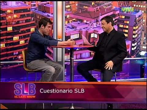 Álvaro Escobar respondió al cuestionario, pero al estilo de S.L.B.